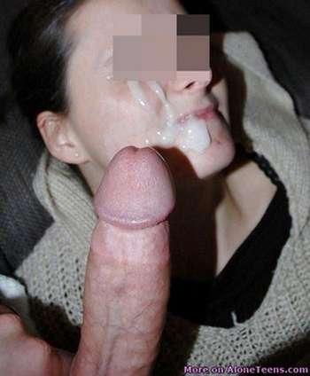Fille qui veut se faire fumer le vagin comme une chienne sur Toulouse